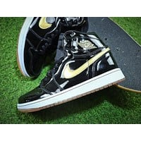 Air Jordan 1 Black Gold 555088-019 AJ1 Basketball Shoes - Sale