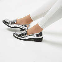 Silver patent low heel loafers - flat shoes - shoes / boots - women
