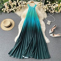 Round neck halter neck rainbow gradient pleated skirt Loose dress
