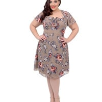 1940s Style Tan Short Sleeve Floral Holly Swing Dress