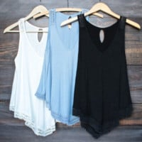 Lace Patchwork Loose Tank Top B0014545