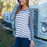 Round The Bases Top, Gray-Ivory