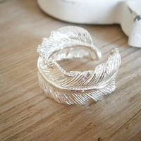 Silver Feather Ring