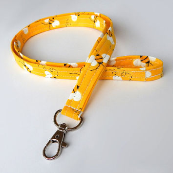 Bumblebee Lanyard / Bumble bees / Yellow Keychain / Cute Lanyards / Bee Keychain / Buzzing Bumblebees / Fabric Lanyards / Badge Holder