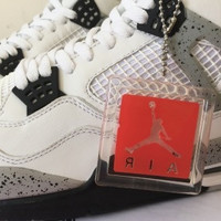 "Air Jordan 4 ""89 White Cement"""