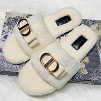 Dior hot sale classic letter gold buckle plush slippers plush slippers Shoes