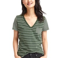 Vintage wash contrast stripe V-neck tee | Gap