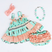 Coral & Mint Arrow Feather Swing Top Set