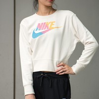 NIKE Women Round Neck Top Pullover Sweatshirt