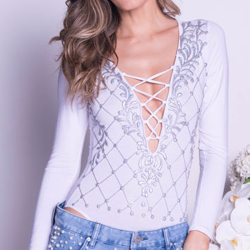MEREDITH BODYSUIT IN WHITE WITH SILVER