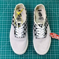 Spongebob X Vans Og Classic Aut Authentic Canvas Shoes - Sale-1