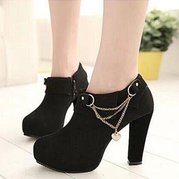 2018 new fashion Women's ankle boots European and American high-heeled shoes crude Martin boots Women pumps 739