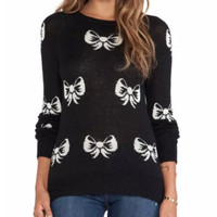 Black And White Ribbon Pattern Knitted Sweater