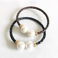Pearl leather bangle bracelet