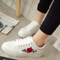 White Round Toe Flat Floral Print Lace-up Casual Shoes