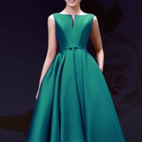 Green Plunge Neck Bowknot Waist Lacing Back Prom Skater Dress