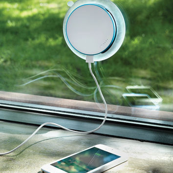 1000mAh Window Stick Solar Charger for Cellphones, Car GPS Light Weight Travel Accessory for RVs