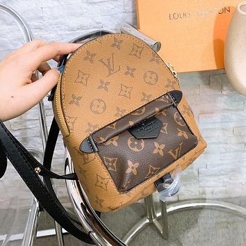 Louis Vuitton LV large capacity simple and versatile backpack bag