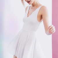 Kimchi Blue Rochay Knit Scalloped V-Neck Romper | Urban Outfitters
