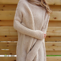 Oversized , Chunky knit sweater. Slouchy/ Bulky / Loose fit sweater. Creamy wool sweater.