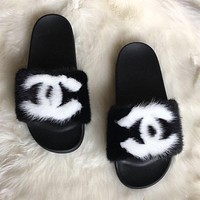 CC Mink Fur Slides in Black