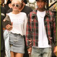 Kylie Jenner & Tyga Head Out on Day Three of NYFW   kylie jenner tyga head out day three nyfw 01 - Photo