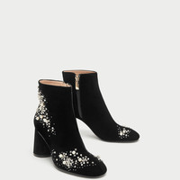 HIGH HEEL VELVET ANKLE BOOTS WITH PEARL BEADS