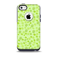 The Vibrant Green Paw Prints Skin for the iPhone 5c OtterBox Commuter Case