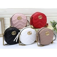 Gucci new texture knuckle embossed small round bag ladies chain outdoor street style shoulder bag messenger bag