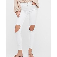 Free People - Busted High Rise Distressed Skinny Jeans in White