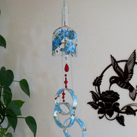 Large Vodka bottle wind chime, Yard art, Patio decor, Recycled vodka bottle, Blue flowers,  Clear glass, Wind chime, Gift Idea, Lady Bugs
