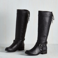 Steadfast Style Boot in Black