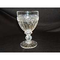 Designer Wine Glass Stemware 6in x 3-1/2in x 3-1/2in Clear Crystal -- Used