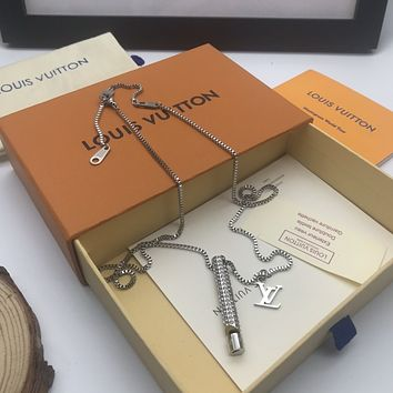 LV Louis Vuitton Woman Fashion Accessories Fine Jewelry Ring & Chain Necklace & Earrings