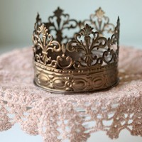 Olympia Crown Candle Holder