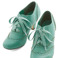 ModCloth Vintage Inspired Dance Instead of Walking Heel in Mint