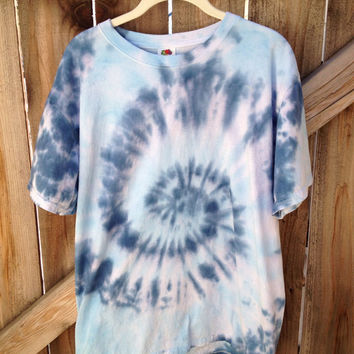 FREE SHIPPING Adult Large tie dye tee