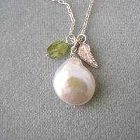 Pearl Necklace, Sterling Silver Pearl and Peridot Necklace, Charm Necklace, Mother's Day Gift Idea, Semiprecious Stone, Green Stone,