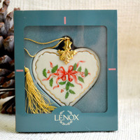 Lenox heart ornament // Delicate Ivory heart Christmas ornament // Ivory and gold