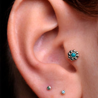 TRAGUS / CARTILAGE / Labret stud Sterlin Silver 5mm Flower with 2mm genuine turquoise stone - BioPlast - 6mm