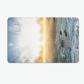 Majestic Sky on Crashing Waves - Premium Protective Decal Skin-Kit for the Apple Credit Card