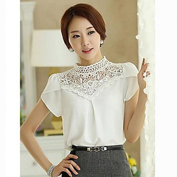 Women 's High Neck Lace Splicing Short Sleeve Blouse