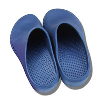 Free Shipping Men Women Surgery Shoes Non-Slip Comfortable Medical Slippers Nurse Doctor Special Medical Surgical Shoes Clogs