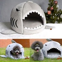 Hot Cute Cozy Soft Warm Shark Mouth Pets House Bed for Dog Cat Puppy Size M