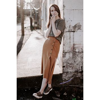 {Camel} Side Button + Slit Midi Skirt