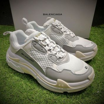 Best Online Sale Fashion Balenciaga Triple-S Sneaker 17FW White Grey Casual Shoes 656686W06G011001
