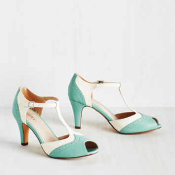 Vintage Inspired Going to Gait Lengths Heel in Seaglass