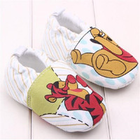 Tiny Baby Shoes | Winnie The Pooh Slip-on