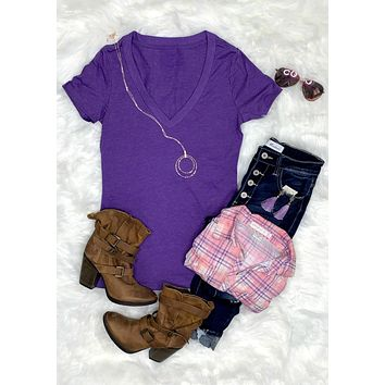 BASIC SHORT SLEEVE DEEP V TEE - PURPLE