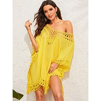 SHEIN Solid Crochet Trim V Neck Cover Up